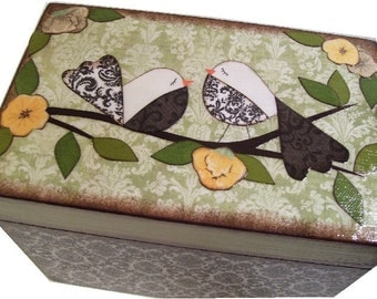 Wedding Guest Book Box Alternative,  Love Birds, Original Designs, Decoupaged Wedding Box, Holds 4x6 Cards, Bridal Shower, MADE TO ORDER