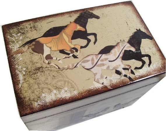 Recipe Box, Wedding Guest Book Box, Holds 4x6 Cards, Storage Box, Gift ,Horse and Other Designs, Decoupage Box, Bridal Shower, MADE TO ORDER