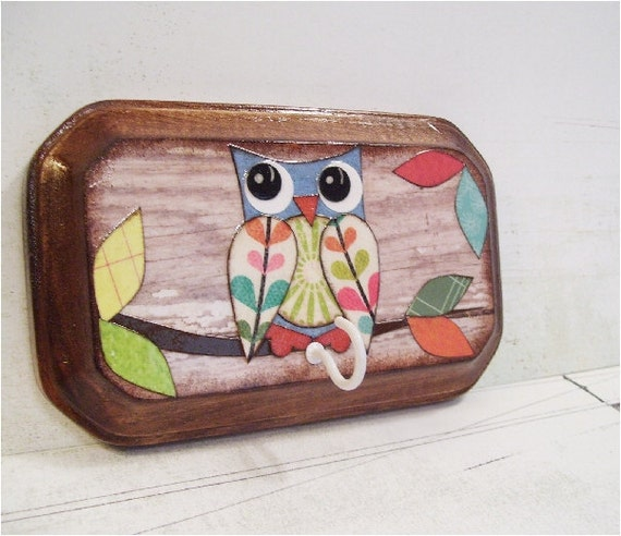 Key Hook Plaque MAGNET Pot Holder -Utensil Holder Hook - Decoupaged - 3x5  Rustic Owl - Farmhouse Chic  - SHIPS NOW