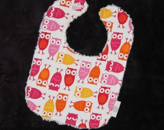 Pink Urban Zoologie Owls and Chenille Bib