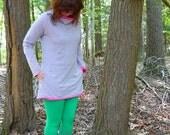 green doily print leggings