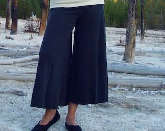Organic Wanderer Pedal Pushers ( light hemp and organic cotton knit ) - organic pants