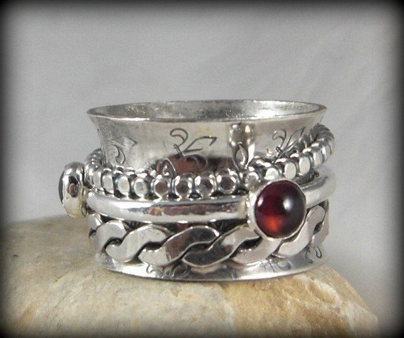 Garnet Spinner Ring, Multistone  gemstone ring,silver ring, made to order