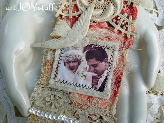 wedding day - bride and groom - beautiful heavily embellished art tag - no 28