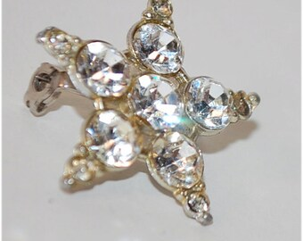 Little star rhinestone pin brooch vintage