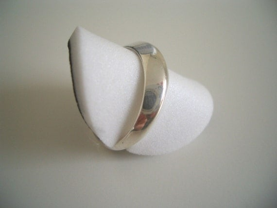 925 STERLING SILVER MODERNIST CONVEX RING UK P \/ US 8