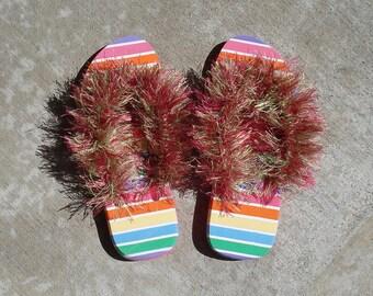 Furry flip flops - foam spa sandals - Size 5-6