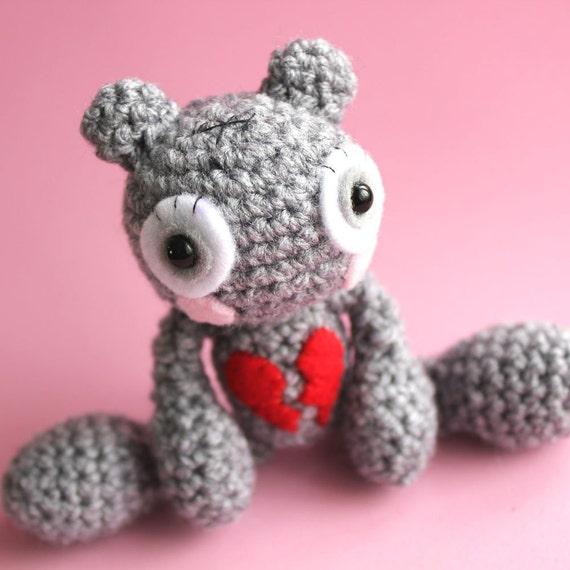 Amigurumi Teddy Loveless