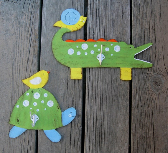 ALLIGATOR & TURTLE Towel Hooks - Hand Painted Wood - Large Size