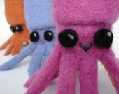 Seabol the DataSquid - USB Flash Drive Squid - 8GB - pink