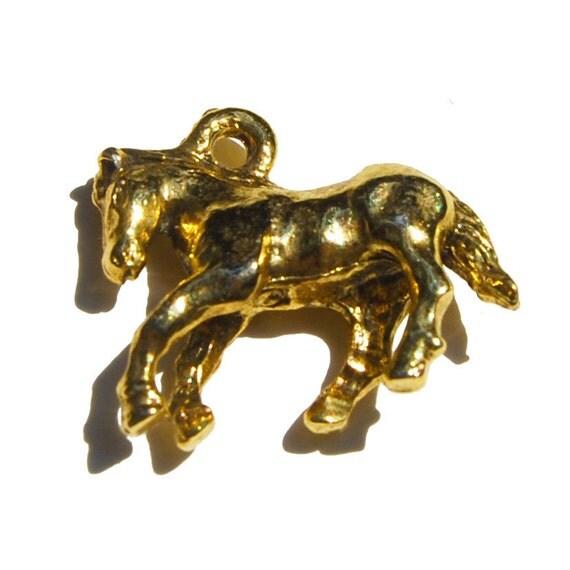3D Goldtone Horse Pendant