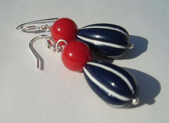 July 4th red round and blue with white stripes pierced dangle patriotic hand made wire wrapped earrings