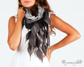 Elegant mixed grey felted linen scarf - Handmade - Wool and linen - Special Occasion