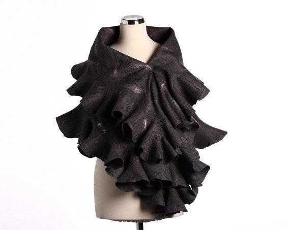 Felted shawl wavy ruffled warm scarf - Elegant Grey Ruffle 2 in 1 - Handmade silk and wool - Special Occasion