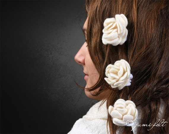 SALE - Set of 3 felted hair white roses - Handmade of soft wool