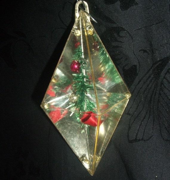 Christmas Lights Shop Charnock Richard: Vintage Diamond Prism Christmas Ornament