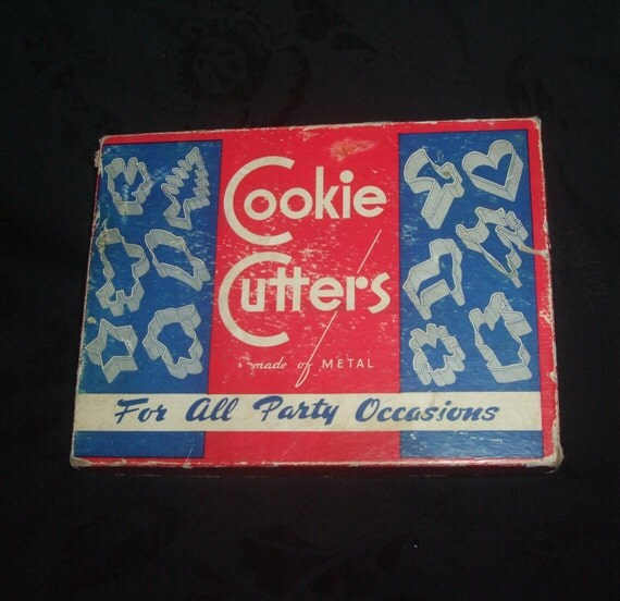 Vintage Cookie Cutter Set