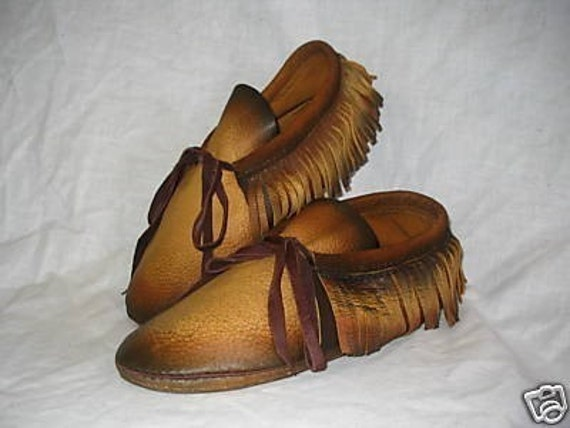 handmade indian moccasins leather moccasins with fringe in distressed gold deerskin 8644