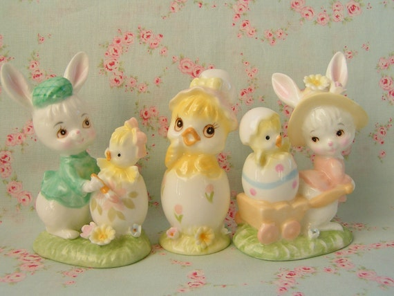 ON HOLD for Ruru....Vintage Napcoware Bunny and Baby Chick Figurines