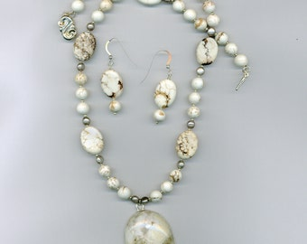 Eagle's Eye agate and Magnesite with sterling silver necklace set