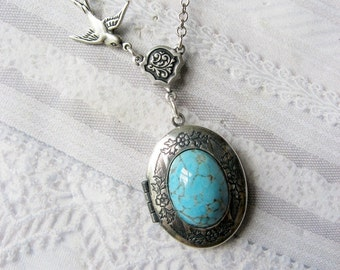 Silver Locket Necklace - The ORIGINAL Blue ROBIN EGG - Jewelry by BirdzNbeez - Mother's Day Wedding Birthday Bridesmaids Gift