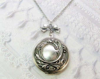 Silver Locket Necklace - Silver Victorian Romance Locket - Jewelry by BirdzNbeez