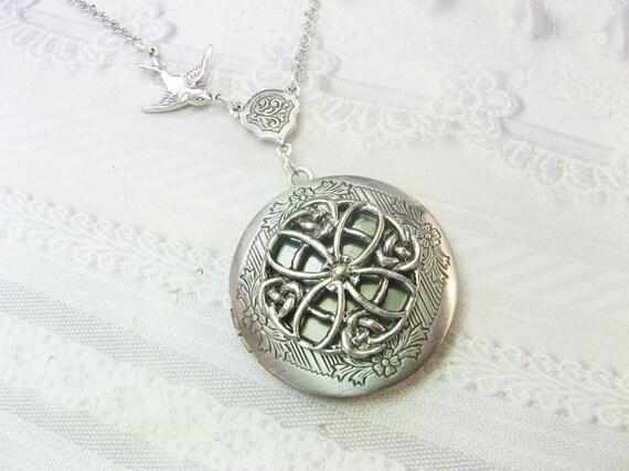 Silver Celtic Locket Necklace - Celtic Knot Keepsake - Jewelry by BirdzNbeez