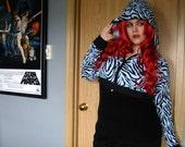 Blue Zebra. shrug. XL XXL