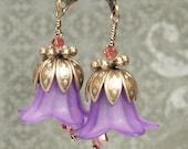 Sweet Lily Earrings in Purple Haze