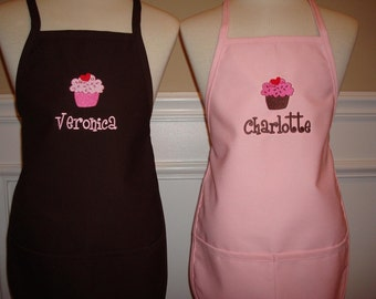 Personalized matching sisters Aprons Set monogram embroidered great Christmas Gift girls Cupcakes