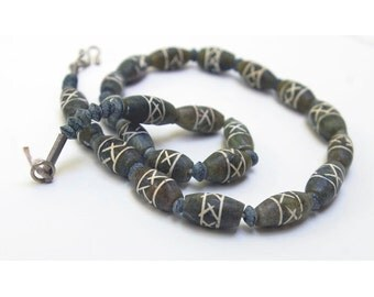 Jade Bead Strand, Old Etched Design, 15 mm, Natural and Handcut, Item 8