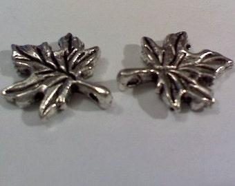 4 metal oak leaves