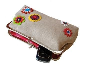 Felt flowers clutch purse
