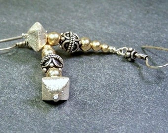 Sterling Silver, 14 Kt Gold Filled Smooth Round Beads, Brushed Sterling Silver Earring   -   She Mix Alot