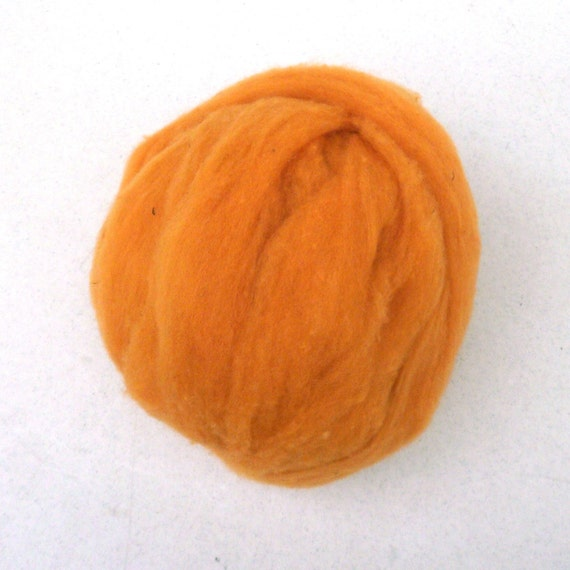 Roving for Spinning -- Polypay Wool Pumpkin -- 4 oz.