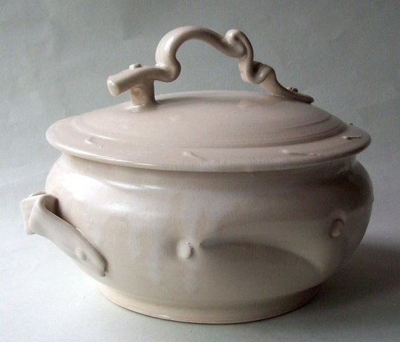 Serving Dish Covered Bowl White Matte Luscious