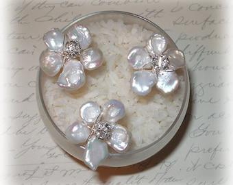 Keishi Pearl Flower Hairpins