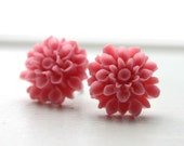 Perfect pink flower earrings
