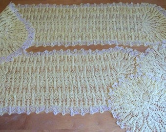 Set of 4 Pineapple Doilies in Yellow Cotton