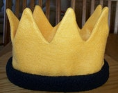 MAX Gold Felt Crown