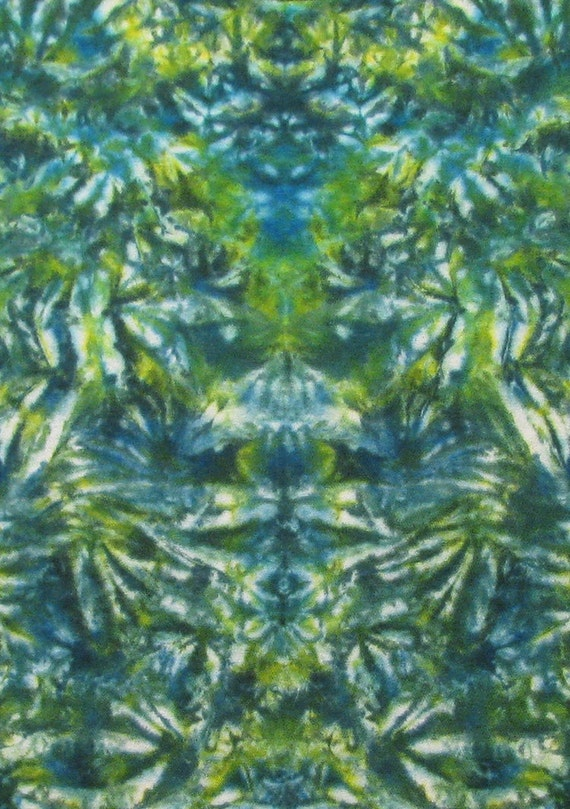 Trippy Tie Dye T-Shirt short sleeve Psychedelic Kelly green harvest green STAINED GLASS Hand Dyed by Big Blue Dyes XL