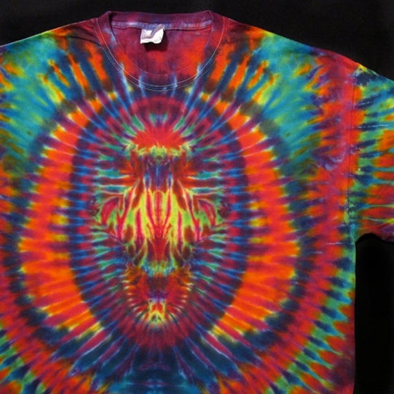 psychedelic tie dye t shirt sleeve tie dye scarab