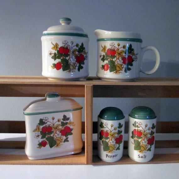 Vintage Kitchenware Set - Six Piece Strawberries