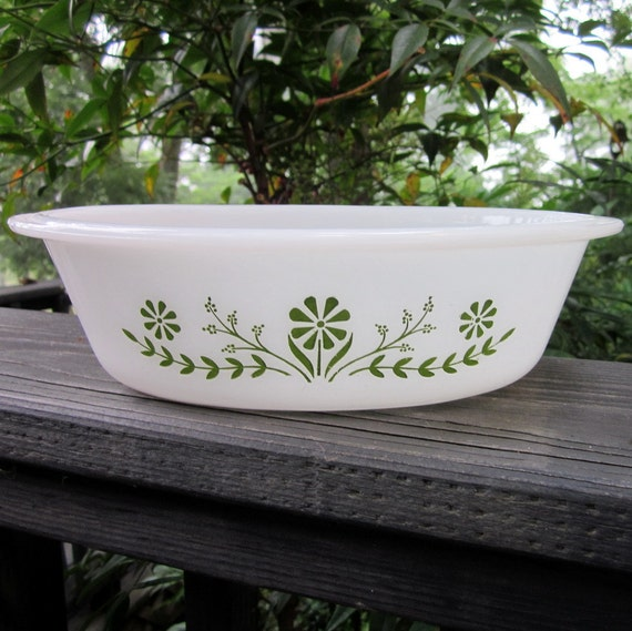 Vintage Glasbake Casserole Dish - One Quart Oval