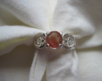 7MM round cut1.20 CT light red oregon sunstone sterling silver ring size 7