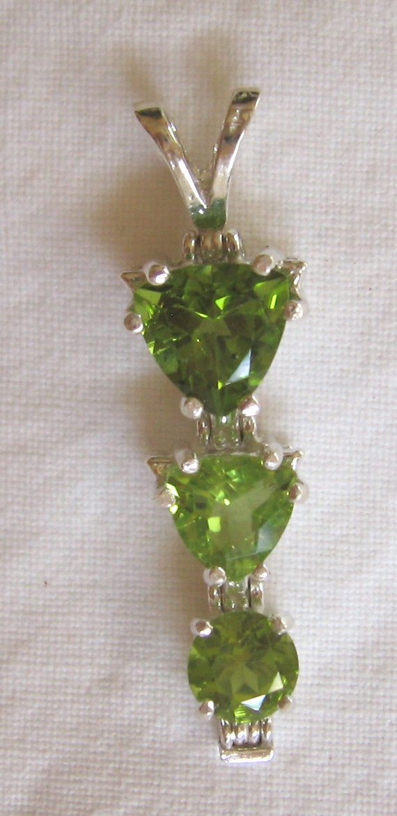 4.25 ctw peridot multi stone sterling silver pendant with baby box chain