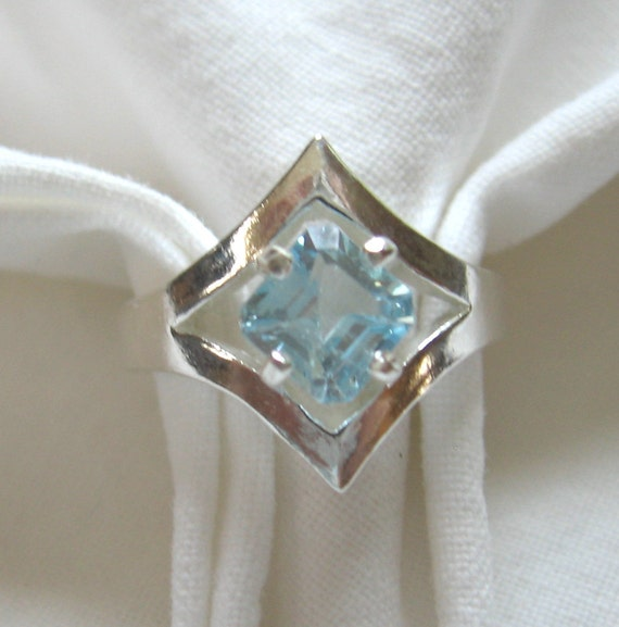 6mm square cut 1.30 ct swiss blue topaz sterling silver ring size 7