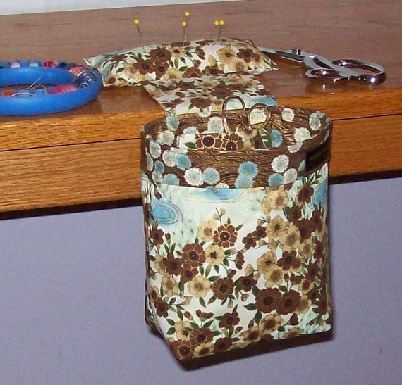 Thread Catcher, Scrap Caddy, Pin Cushion - With Rubberized Gripper Strip - Robert Kaufman Imperial Collection 4