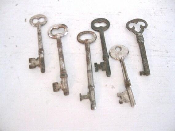 Vintage Skeleton Keys - 6 Large Rustic