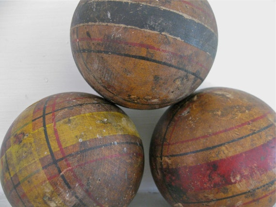 Vintage Croquet Ball - Plaid - Wood